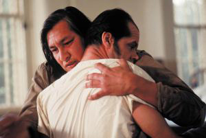 One Flew Over The Cuckoo's Nest - Chief hugs a lobotomised RP McMurphy (Jack Nicholson)